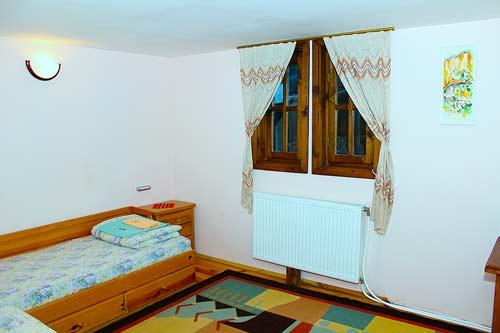 Апартаменти за наем в Мелник 7