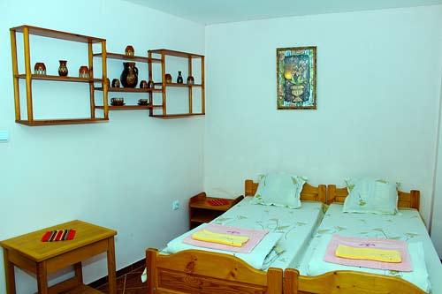 Апартаменти за наем в Мелник 8